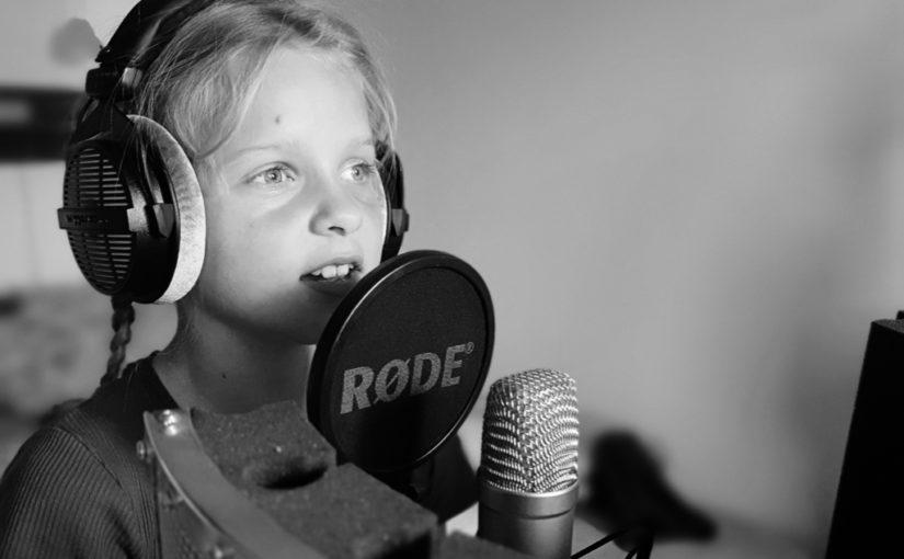 Práve vyšlo v Mesiac Records – Viktorka Faboková: Povedz mi voda